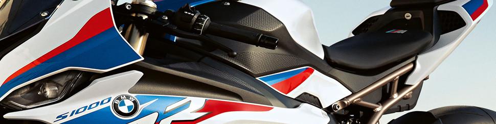 Carenados de circuito en fibra de vidrio para BMW